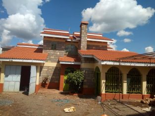 5 Bedroon House At Kikuyu