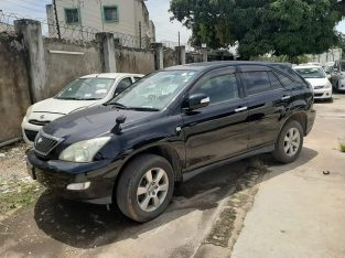Toyota Harrier 2012